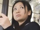 イケメンがミニスカJKに電車内で痴漢し手マンで潮吹きさせフィニッシュは顔射 裏アゲサゲかわいい制服女子校生JKの無料エロ動画
