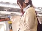 毎朝駅のホームで見かけるヘッドホンをつけた可愛いJKに恋した学生服の男子高校生が女子校生を途中下車させてトイレで告白して無理やりセックス erovideoかわいいJK女子校生の制服無料アダルト動画