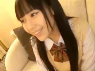 街で見つけた色白で黒髪ロングのかわいい女子校生とホテルで援交セックス 佳苗るか FC2 かわいい制服女子校生JKの無料エロ動画