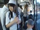 バスで気弱な素人女子校生のスカートの下からハミ尻触りまくって痴漢するサラリーマン 裏アゲサゲ かわいいJK女子校生の制服無料エロ動画