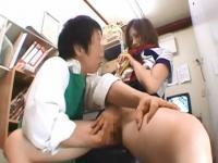 JKのFC2無料エロギャル動画。万引きを犯したJKが鬼畜店長にマンコを手マンされた挙句に写真まで取られてお仕置きされる FC2