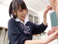 自分の娘以上に若いようなドS女子校生にビンタされながら責められるドMおじさん FC2 かわいい制服女子校生JKの無料エロ動画