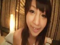 ホテルでノリノリで援交セックスをする笑顔が可愛い女子校生 erovideo かわいいJK女子校生の制服無料アダルト動画