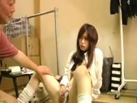 万引きをした女子校生が店長に脅されてお仕置きレイプされちゃってる erovideo かわいい制服女子校生JKの無料エロ動画