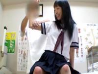 整体師に明らかにカラダをいやらしい手つきでマッサージされちゃってる部活帰りの女子校生 RED TUBE かわいいJK女子校生の制服無料アダルト動画