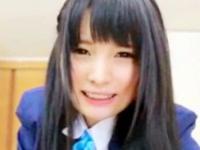 マンコ拡げて騎上位セックスで気持ち良さそうにイキまくる黒髪JK 裏アゲサゲ かわいいJK女子校生の制服無料アダルト動画