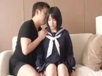 清純そうなセーラー服の黒髪女子校生とキモイおっさんがねっとり援交セックス erovideo かわいいJK女子校生の制服無料アダルト動画