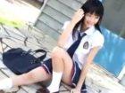 カメラの前でエッチなポージングをしてくれる美人でスレンダーボディの清楚系女子校生 erovideo かわいい制服女子校生JKの無料エロ動画