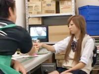 店内で怪しい動きをしていた万引きJKを捕まえてお仕置きレイプで反省させる鬼畜店長 FC2 かわいいJK女子校生の制服無料アダルト動画