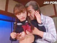 調教師のおじさまにカラダを開発されまくって敏感にイキまくる巨乳JKの絶頂セックス erovideo かわいいJK女子校生の制服無料エロ動画