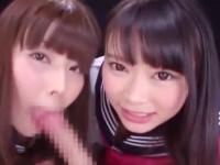 セーラー服のスケベJKたちがおっさんのおチンポをダブルで激しくバキュームフェラ ShareVideos かわいい制服女子校生JKの無料エロ動画
