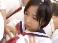 セーラー服の女子校生が集団痴漢されて悶えまくる屈辱プレイ 紗倉まな ShareVideos かわいい制服女子校生JKの無料エロ動画