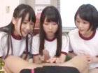 男子の勃起したチンポを手コキで鎮めてくれる淫乱女子校生たち ShareVideos かわいい制服女子校生JKの無料エロ動画