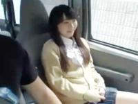 カメラに目線を向けながら濃厚なフェラをしてくれる素人女子校生 erovideo かわいいJK女子校生の制服無料エロ動画
