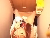 自宅のトイレやベッドでオナニーしちゃうエッチがしたくてたまらない年頃の可愛い女子校生 erovideoかわいいJK女子校生の制服無料エロ動画