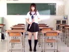 放課後の教室で女子生徒が抵抗しないことをいいことに制服の下の巨乳を揉みしだく担任のおじさんのセックス JavyNowかわいいJK女子校生の制服無料アダルト動画