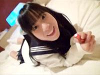 ぱっちり目なロリカワ美少女のパイパンマンコをペンライト付きのローターでたっぷり可愛がるエッチ 大塚聖月 ShareVideosかわいいJK女子校生の無料エロ動画