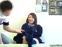 ナンパしたJKを自宅に誘い部屋の中を盗撮しながらセックスする最低なチャラ男 PornhubかわいいJK女子校生の無料エロ動画