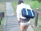 制服下のパンティの中にローターを仕込まれて歩けなくなるくらいにビンビン感じちゃう女子校生達 erovideoかわいいJK女子校生の制服無料エロ動画