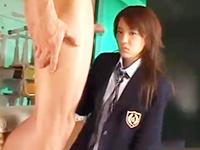 クラスのイケメン同級生男子に見られながら体育倉庫でセックスするヤリマン女子校生 裏アゲサゲかわいいJK女子校生の制服無料アダルト動画