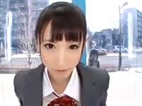 外が丸見えのマジックミラー号の中で黒髪ロングの制服女子校生のパイパンマンコを突きまくるセックス 裏アゲサゲかわいいJK女子校生の制服無料エロ動画