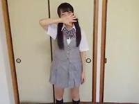 セックスを覚えたてのツインテールの貧乳女子校生の制服をはぎ取ってハメ撮り erovideoかわいいJK女子校生の制服無料エロ動画