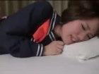 可愛いあえぎ声のスレンダー微乳JKがセーラー服のまま生挿入セックスでデカチンぶち込まれて口内射精フィニッシュ erovideo無料エロ動画