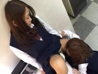 授業終わりの放課後に女の子同士でアソコを弄り合う女子校生達のレズプレイ FC2 かわいいJK女子校生の制服無料アダルト動画