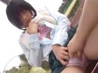 公園内で彼氏とイチャイチャと露出セックスする淫乱女子校生 eovideo かわいいJK女子校生の制服無料アダルト動画