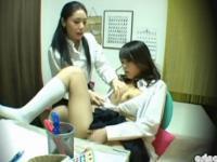 勉強中にマンコが白濁しちゃうほどオナニーしまくるレズの家庭教師と巨乳女子校生 FC2 かわいいJK女子校生の制服無料エロ動画