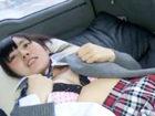 ぱっちり目のロリかわJKを車中でパンチラや胸チラをエロい主観目線のカメラワークで撮影 XVIDEOSかわいいJK女子校生の制服無料アダルト動画